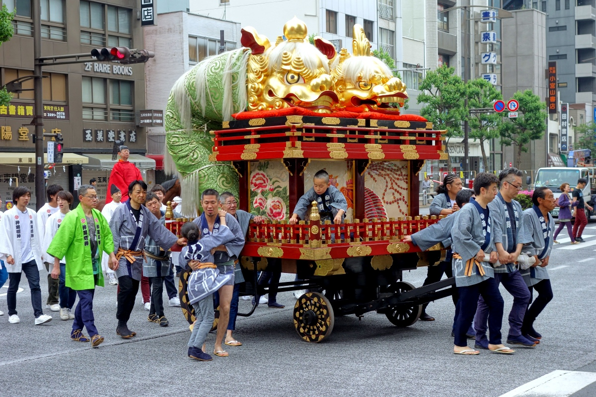 Shishi-shaped float of Jimbocho-itchome during Kanda-matsuri in Jimbocho area (Chiyoda ward, Tokyo, Japan) on 09 May 2015.