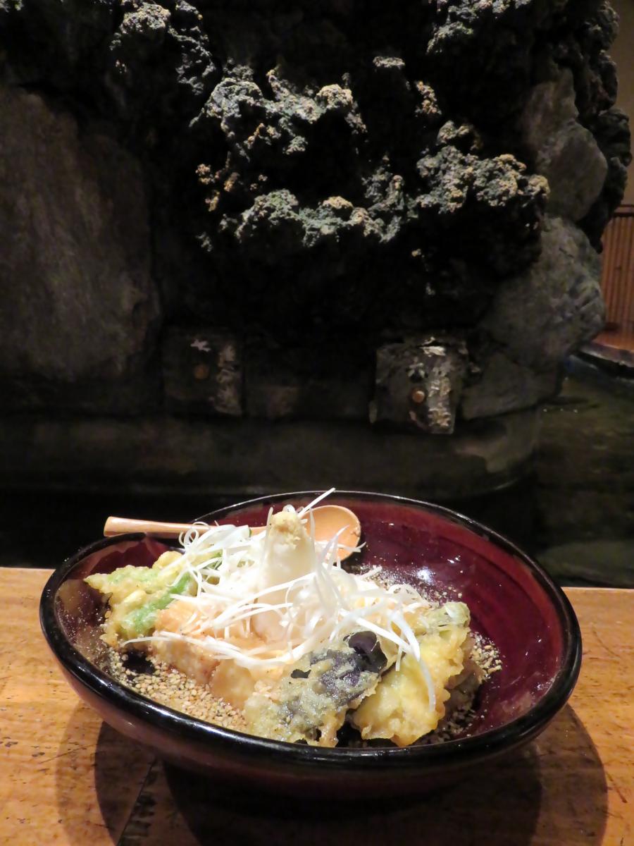 [EN-FR] Tofu. [JP] 豆腐。